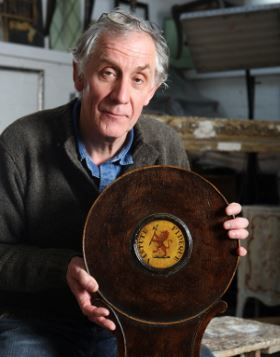 Malcolm Green restorer and valuer of antiques on Restoration Roadshow
